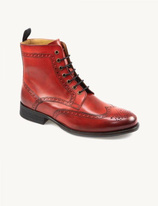 Botas vermelhas de senhora design clássico e elegante