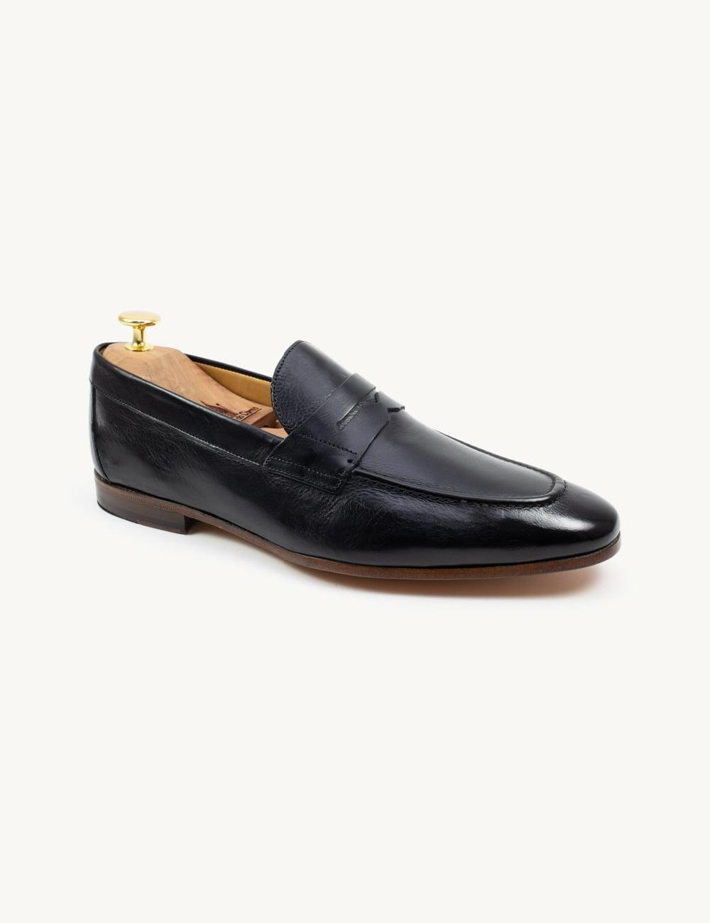 Resolva o sua dilema e compre um par de sapatos verão homem de alta qualidade