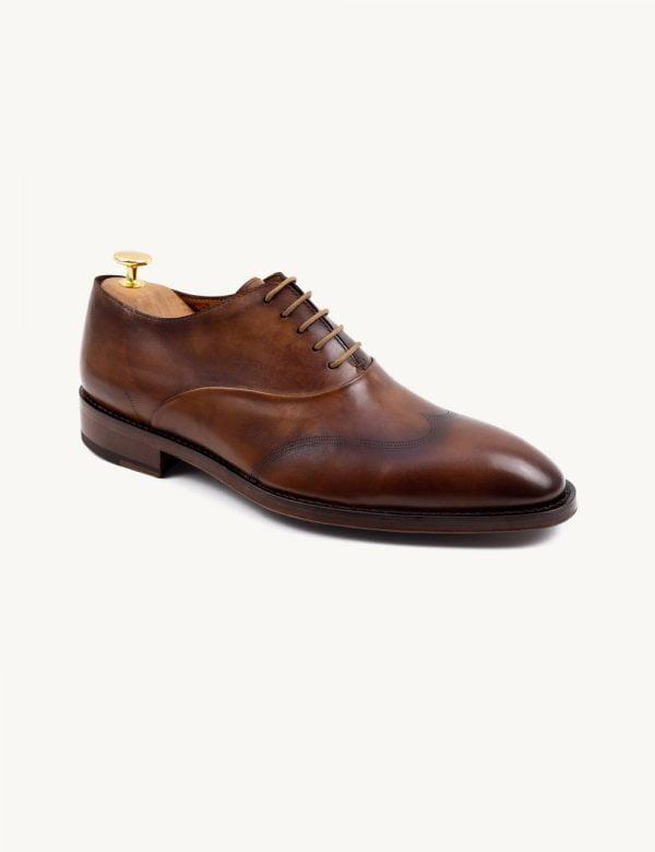 Sapatos com patina - modelo Oxford